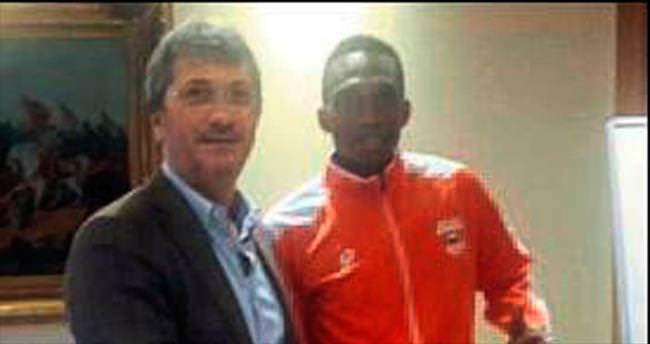 Adanaspor Uche'ye yeniden imza attırdı