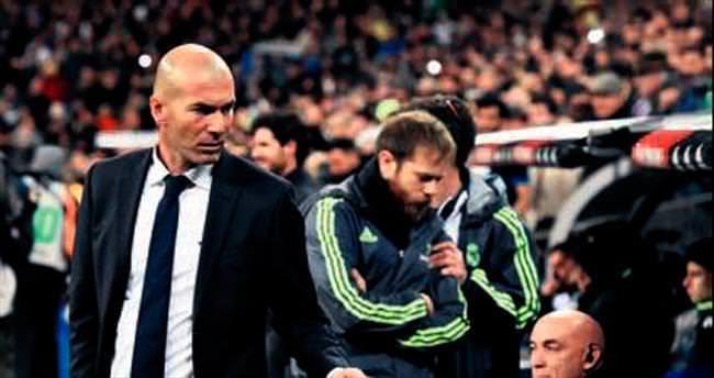 Real'den Zidane'a hoş geldin hediyesi