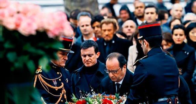 Hollande'dan sürpriz cami ziyareti