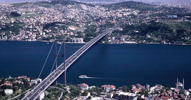Ruslar İstanbul'u gözetleyen radarı test etti