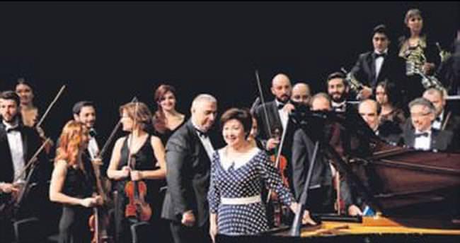 Aubakirova'dan yeni yıl konseri