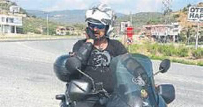 Motosiklet kazası: 1'i ağır iki yaralı