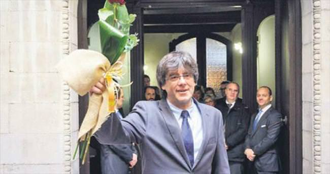 Katalonya'nın başına ayrılıkçı lider geçti