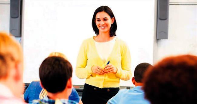 582 bin öğretmene diploma incelemesi