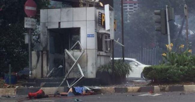 Endonezya'da büyük patlama: En az 4 ölü