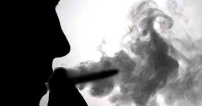 Tanımadığı kişiden aldığı sigara hastanelik etti