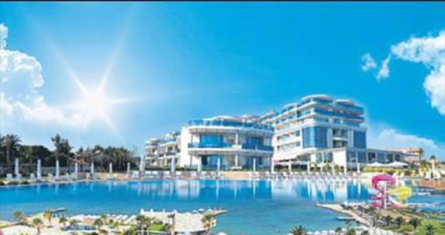 Agora AVM'den Çeşme tatili fırsatı