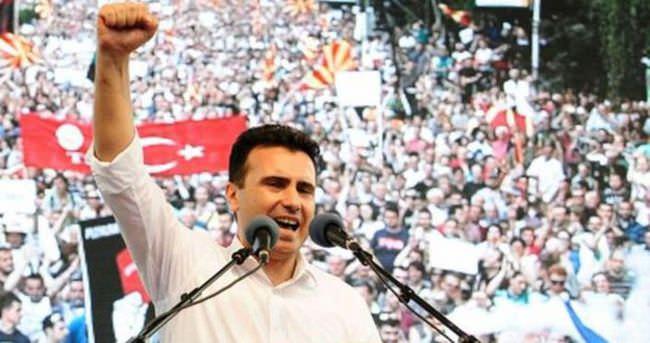 Makedonya Başbakanı Gruevski istifa ediyor