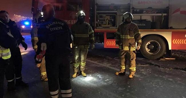Bandırma'da kayan otobüs kaza yaptı: 19 yaralı