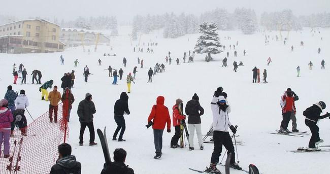 Uludağ'da kar kalınlığı bir metreyi geçti!
