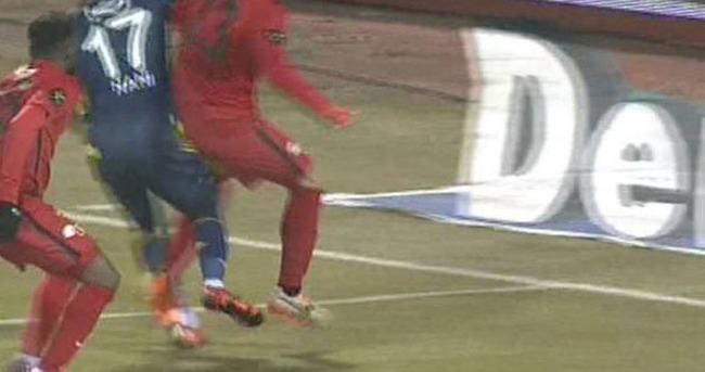 Fenerbahçe'nin penaltısı ortalığı toz duman etti