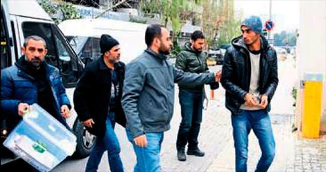İzmir'de PKK üyesi 7 şüpheli gözaltında