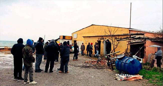 Urla Balıklıova'da ev yıkımı gerginliği