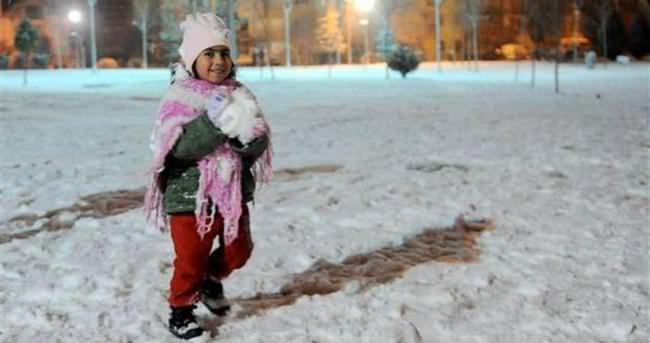 İşte Kar tatili olan iller - 21 Ocak perşembe günü okulların tatil edildiği iller