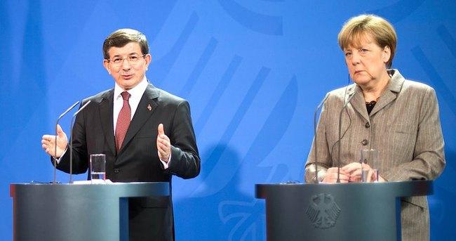 Türkiye ve Almanya'dan 'vize' açıklaması