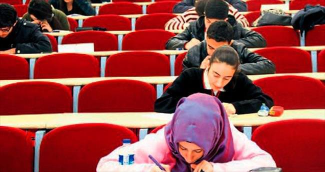 Öğrenciler sınav heyecanını yeniyor