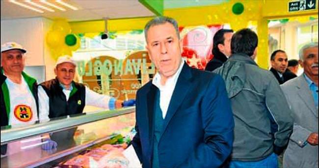 Hanif Pehlivanoğlu'ndan 54. mağaza