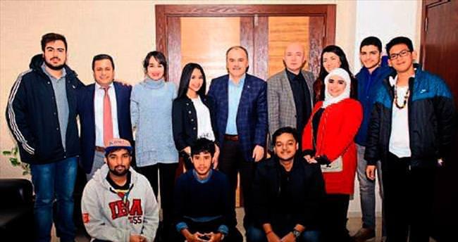 Yabancı öğrenciler Pamukkale'yi sevdi