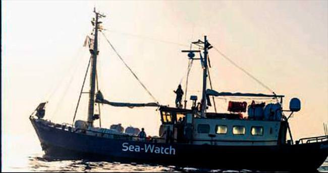 2 bin mülteciyi kurtaran tekne...