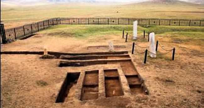 Türkler'in bin 300 yıllık parmak izi bulundu