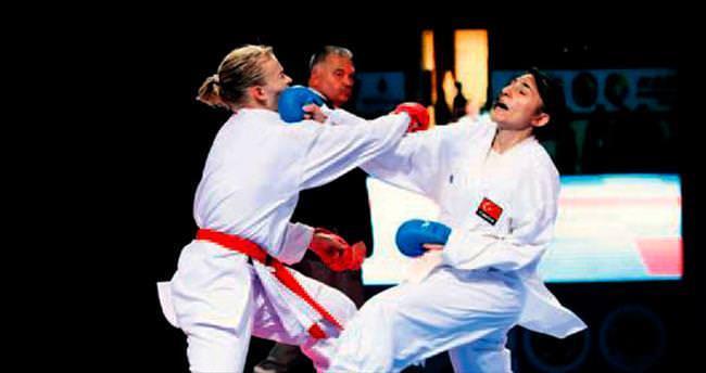 Karatecilerimiz Paris'i fethetti