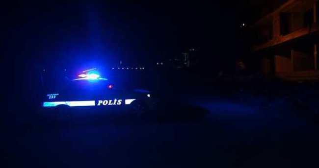 İzmir'de polis aracı kaza yaptı