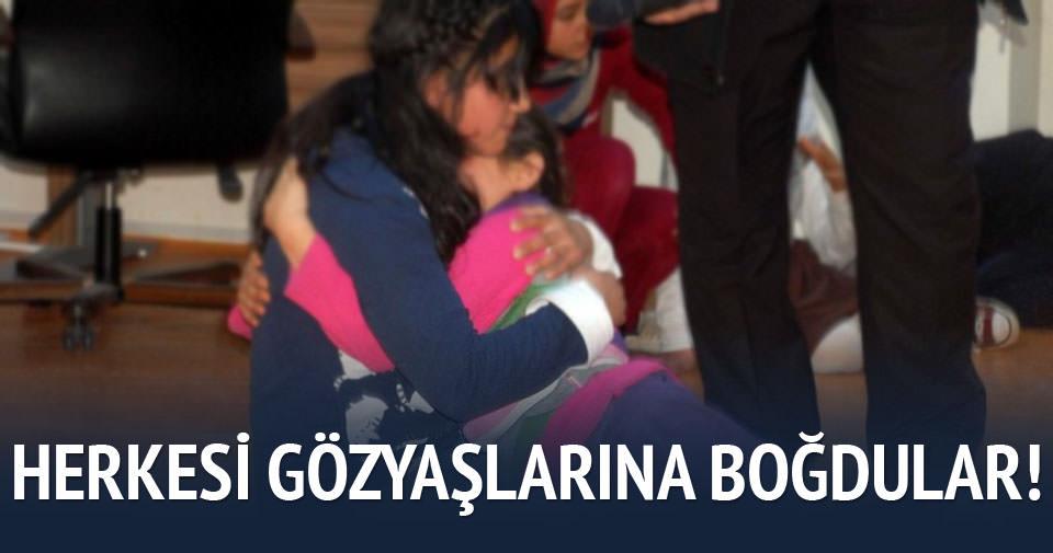 Suriyeliler gözyaşlarına boğuldu
