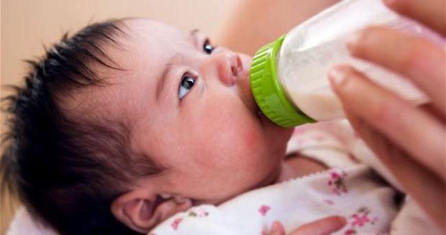 Anne sütü virüsleri öldürüyor!