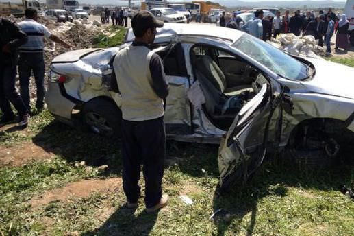 Üç ayrı trafik kazasında 10 kişi yaralandı