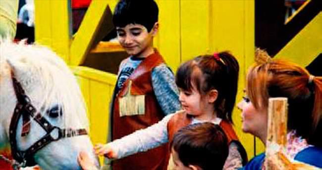 Taurus AVM, çocuklara doğal yaşam köyü kurdu