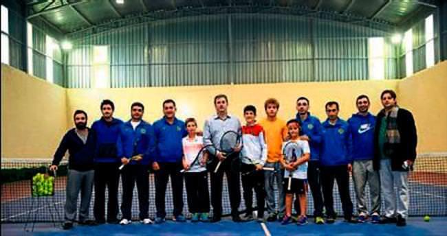 Şampiyon tenisçiler Buca'da kapışacak