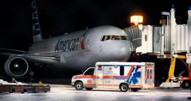 Türbülans acil iniş yaptırdı: 7 yaralı