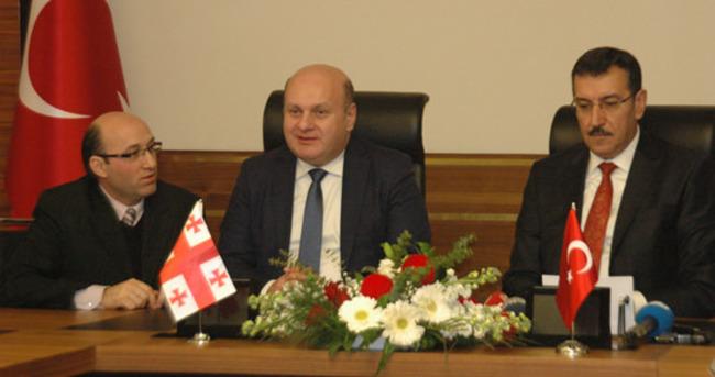 Gürcistan ile e-TIR projesi imzalandı