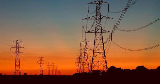 İstanbul'un birçok ilçesinde elektrikler kesildi