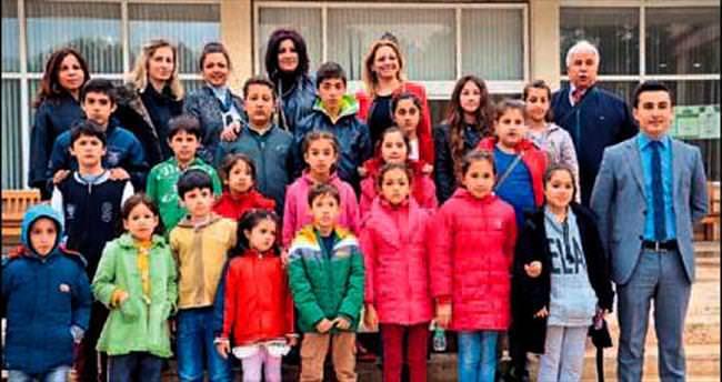 Finikeli minikler Antalya'yı gezdi