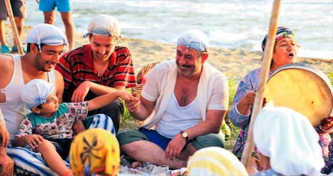 'İftarlık Gazoz' gişede patlama yaptı