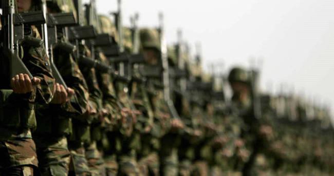 Dövizle askerlik bin avro! Resmi Gazete'de yayımlandı