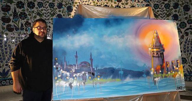 Dindaş Paris'te İstanbul'u çizdi