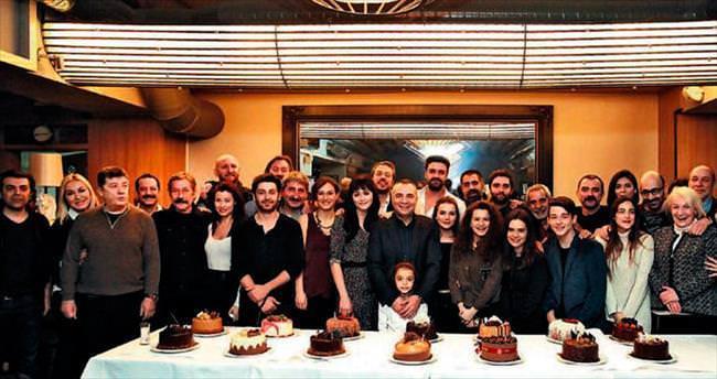 14 pastalı kutlama