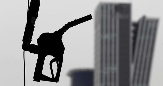 Petrol fiyatları 33 doları aştı