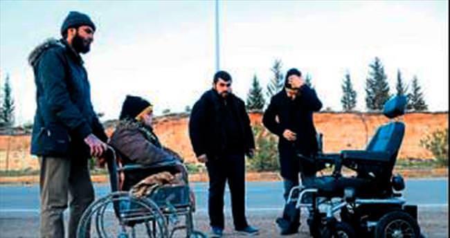 Türkmen gence akülü araç verildi