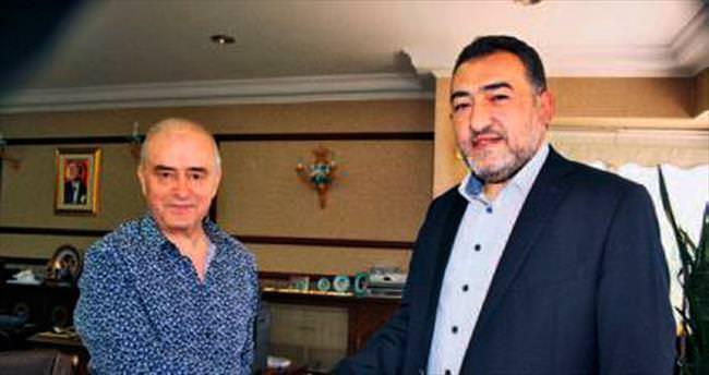 AK Partili Nazlı'dan iş adamı İsmet Güral'a kutlama ziyareti