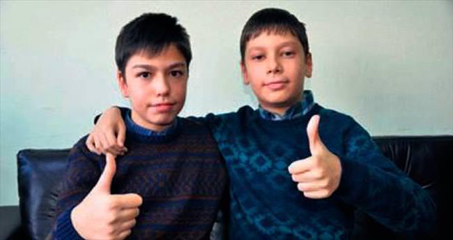 Eskişehirli ikizler TEOG'dan full çıkardı