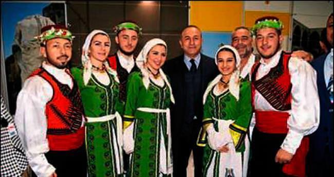 Bakan Çavuşoğlu, EMİTT'i gezdi