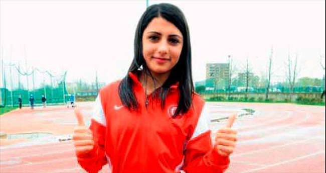 Bursalı atlet yılın rekortmeni seçildi