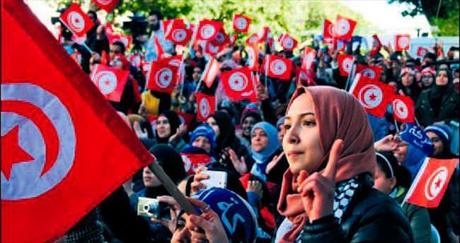 Tunus en demokratik Arap ülkesi seçildi