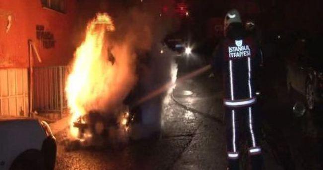İstanbul'da 4 araç kundaklandı
