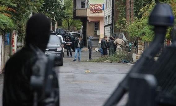 IŞİD'e katılmaya giden iki İsveçli Yunanistan'da yakalandı