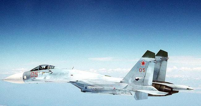 Rus savaş uçağı İsveç uçağını taciz etti