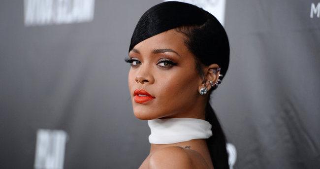 Rihanna'yı ölümle tehdit eden sapık yakalandı
